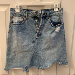 Free people denim skirt size 25